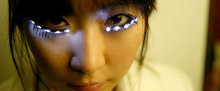LED eyelashes by Soomi Park