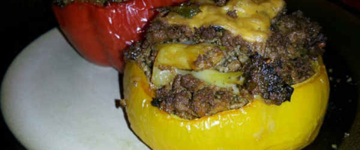 Ground-beef-and-cheese-stuffed-bell-pepper