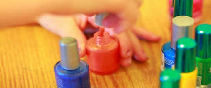 colorful-manicure